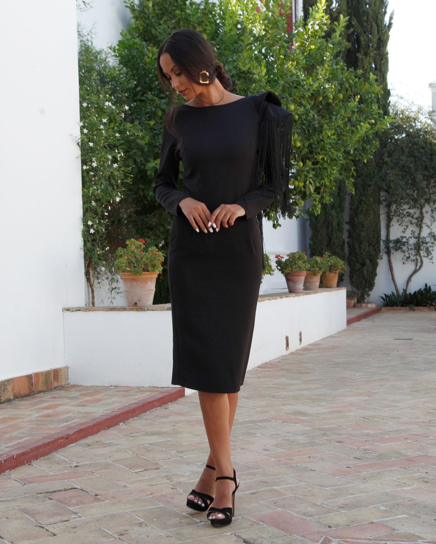 vestido-de-fiesta-negro-flecos