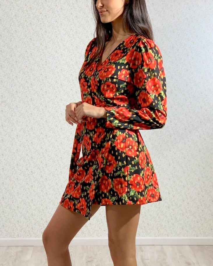 vestido-estampado-flores-rojas